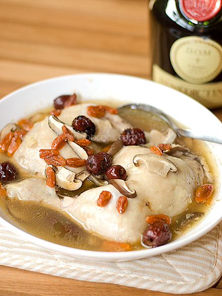 Steamed Chicken with D.O.M Liquor