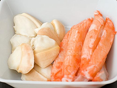 Baobei (pacific clams) & crabsticks