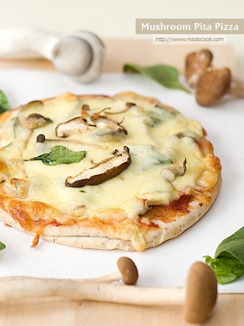 Mushroom Pita Pizza