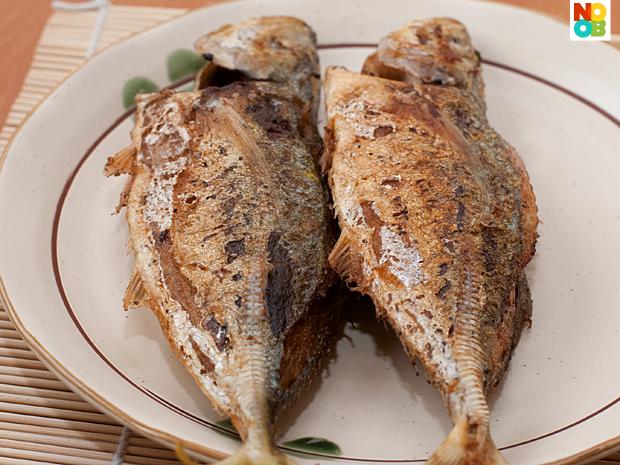 Pan-fried fish stuffed with chilli paste recipe