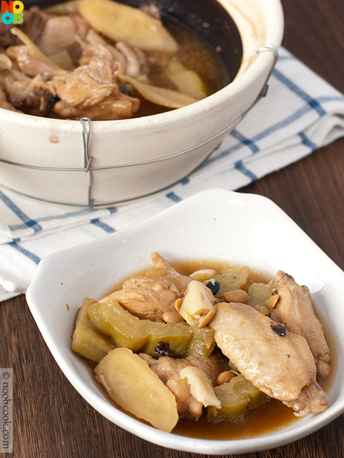 Claypot Chicken with Bittergourd