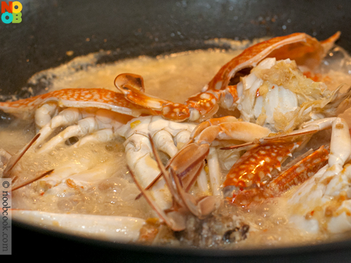 Cooking Taucheo Flower Crabs