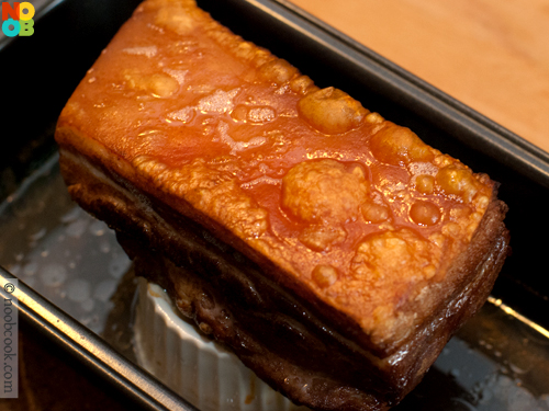 pork belly at cantonese siu yuk croast crispy pork belly siu yuk siu ...