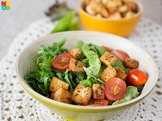 Easy Baked Croutons