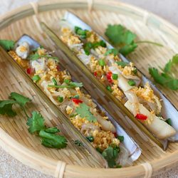 Steamed Bamboo Clams