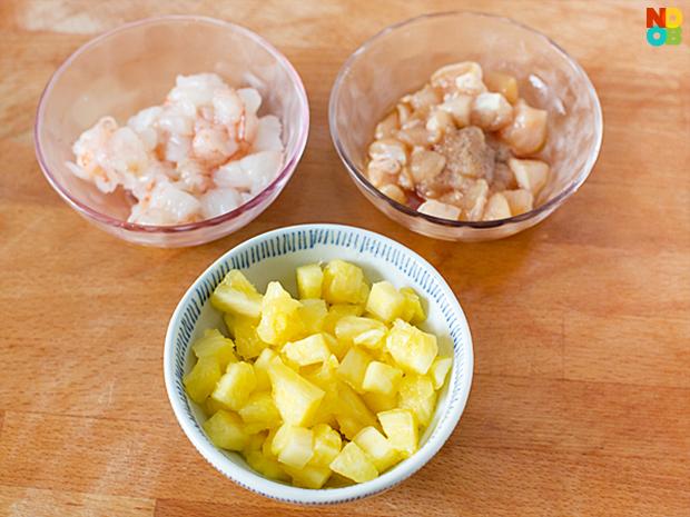 Diced prawns, pineapples, chicken