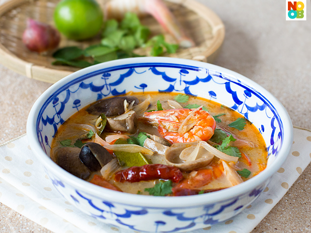Rice Noodle Soup (Bee Thai Bak) Recipe — Dishmaps