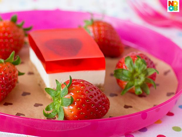 Strawberry Jelly Hearts Cheesecake Recipe