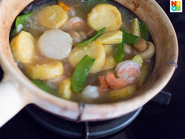 Claypot Tofu with Seafood Recipe