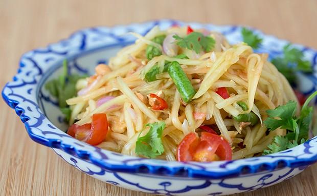 Som Tam (Papaya Salad) Recipe