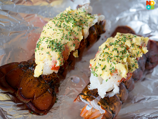 how to eat butterflied lobster tail