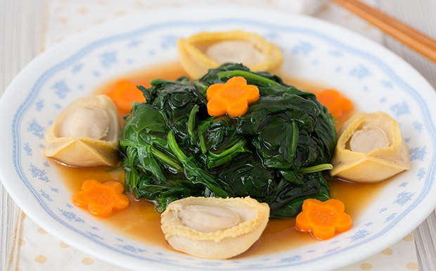 Chinese Spinach with Baby Abalone Recipe