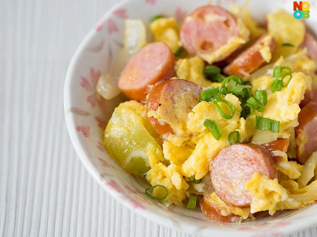 Scrambled Eggs with Cheese and Hotdog Recipe