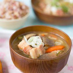 Tonjiru Recipe (Japanese Pork Soup)