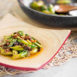 Stir-fry Asparagus in XO Sauce Recipe