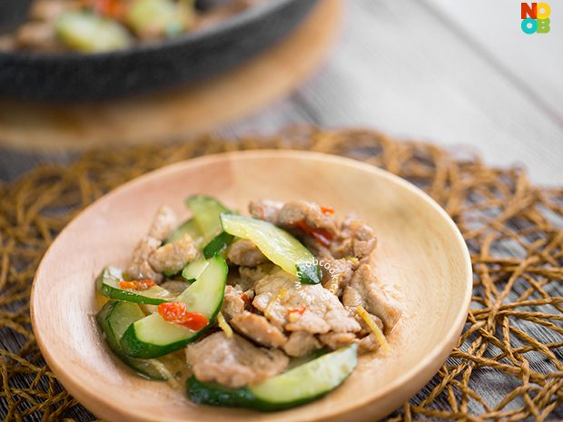 Stir-fry Pork with Cucumber Recipe