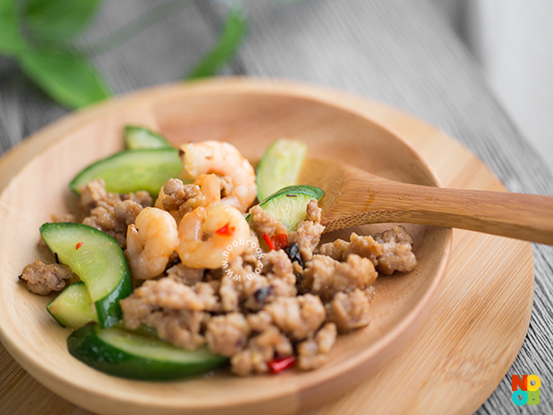 Stir-fry Cucumber with Mince & Prawn Recipe