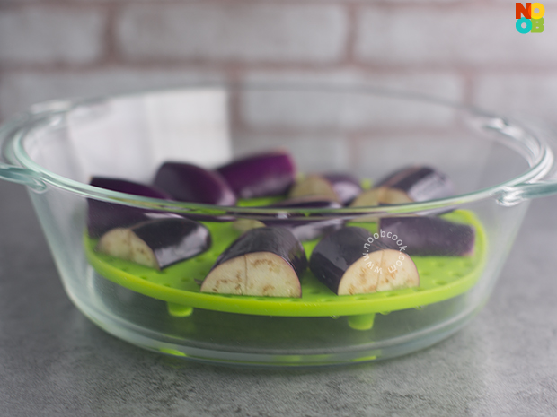 How to microwave eggplants