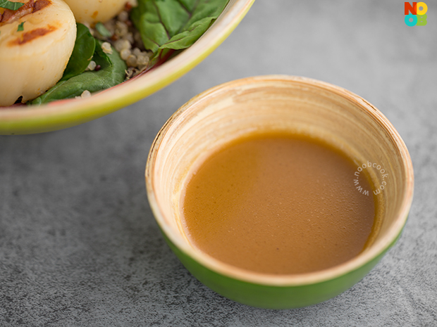 Japanese goma-ponzu salad dressing