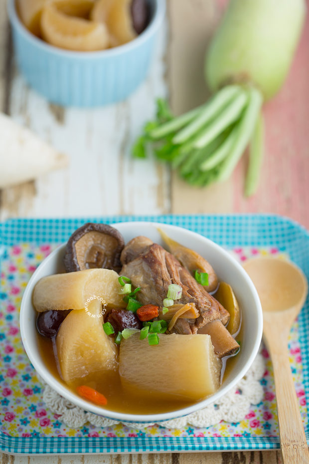 Daikon Pork Ribs Soup Recipe