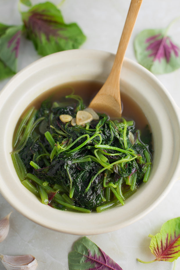 Chinese Red Spinach Soup Recipe