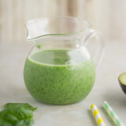 Avocado Spinach Smoothie Recipe