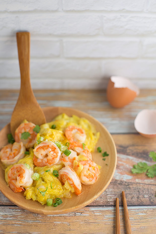 Chinese Prawn Omelette Recipe