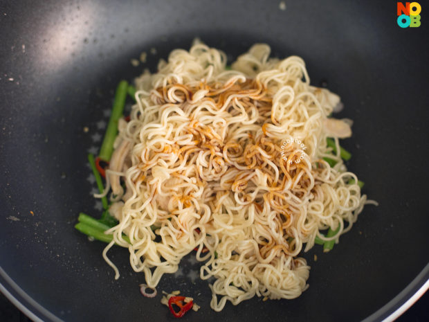 Stirfry Instant Noodles Recipe - Step 3