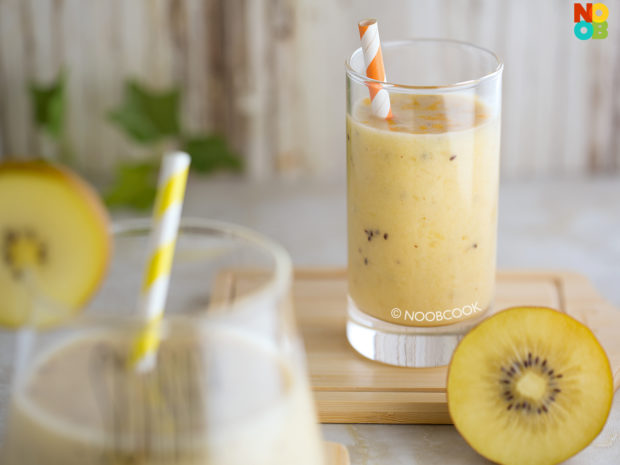 Golden Kiwi Smoothie Recipe