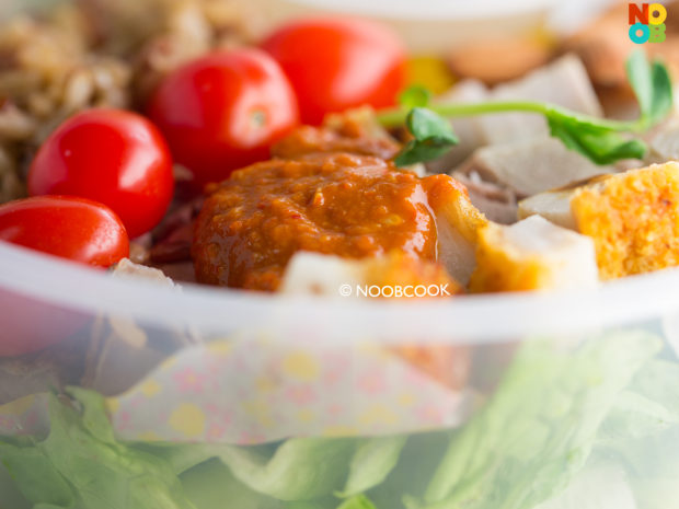 Roast Pork Salad Packed Lunch Recipe (Sambal Chilli)