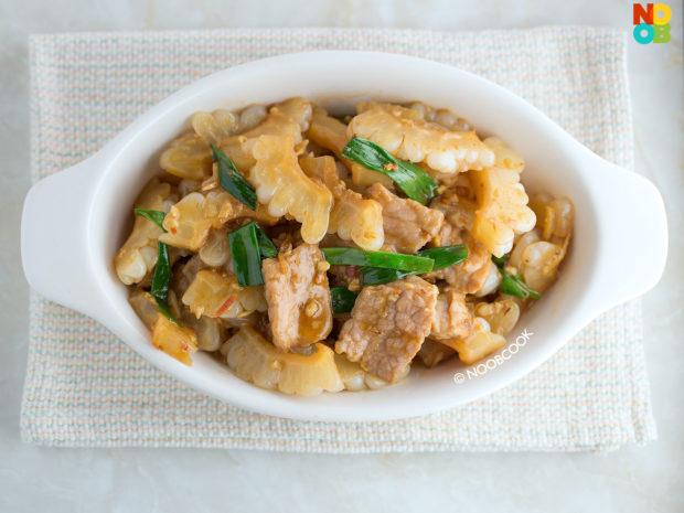 Stir-fry White Bittergourd & Pork Recipe