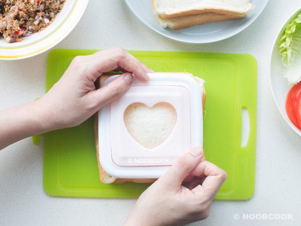 Sardines Sandwich Recipe (Sandwich Mould)