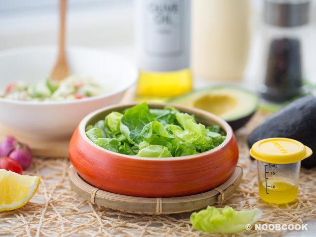 Lump Crab Avocado Salad Recipe (Romaine Lettuce Bowl)