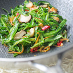Stir-fry Royale Chives King Oyster Mushroom Recipe