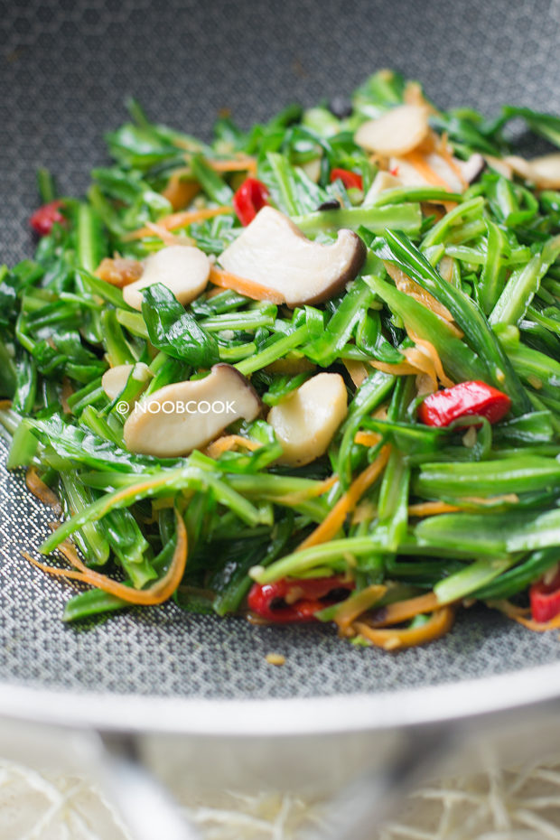 Stir-fry Royale Chives King Oyster Mushroom Recipe