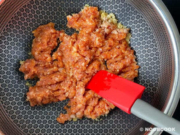 Japanese Mapo Tofu (Step-by-Step)