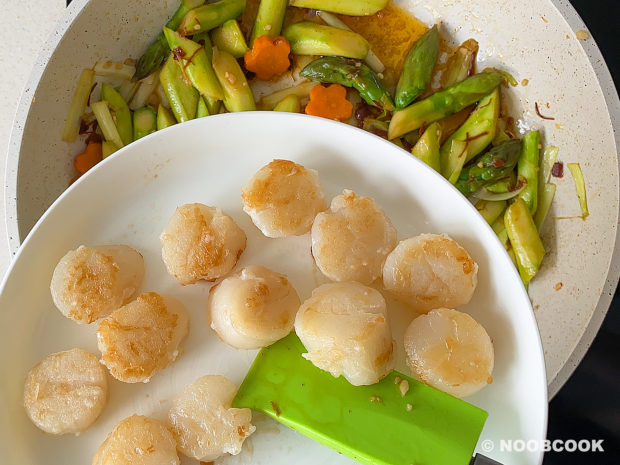 XO Sauce Asparagus & Scallops (Step-by-Step)