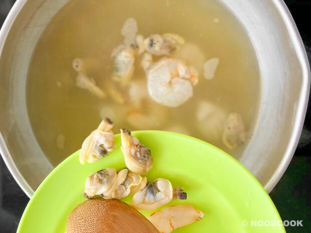 Seafood Egg Drop Soup (Step-by-Step)