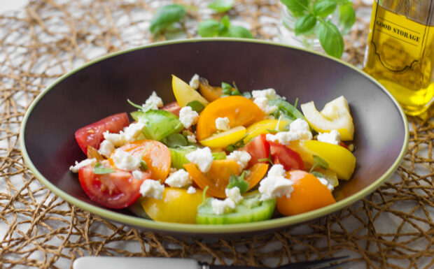 10-minute Heirloom Tomato Salad Recipe