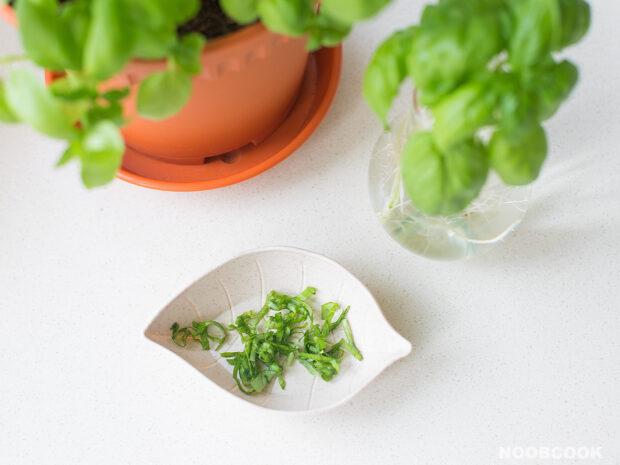 Thinly Shredded Fresh Basil